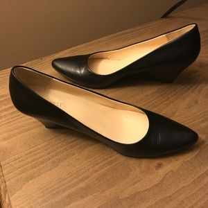 Size 8 black leather wedges